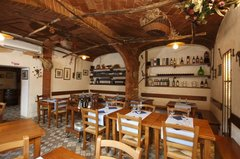Osteria Enoteca Sotto Le Fonti - Restaurant - Via Esterna di Fontebranda 114, Siena, Tuscany, 53100, Italy