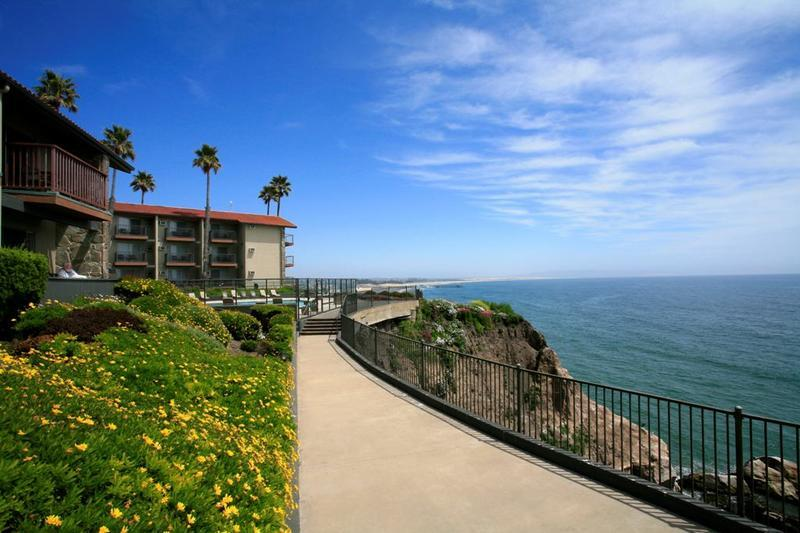 Shore Cliff Lodge (best Western Plus) - Ceremony Sites, Hotels/Accommodations - 2555 Price St, Pismo Beach, CA, 93449