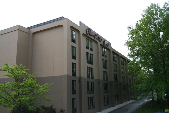 Hampton Inn Cleveland/westlake - Hotels/Accommodations - 29690 Detroit Rd., Westlake, OH, United States