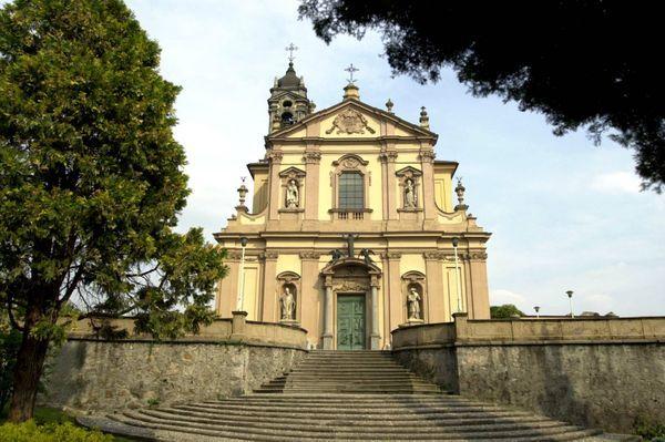 Chiesa Parrocchiale S. Martino Vescovo - Ceremony Sites - Viale Segantini, Veduggio Con Colzano, Lombardia, 20837