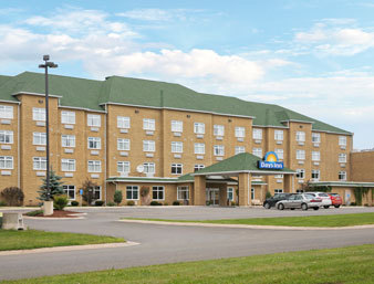Days Inn - Hotels/Accommodations - Brayson Blvd, Oromocto, NB, E2V 0B1