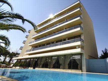 Golden Sun Hotel - Hotels/Accommodations - 72 A Metaxa Ave, Kritis Square, Athens 16674, Greece