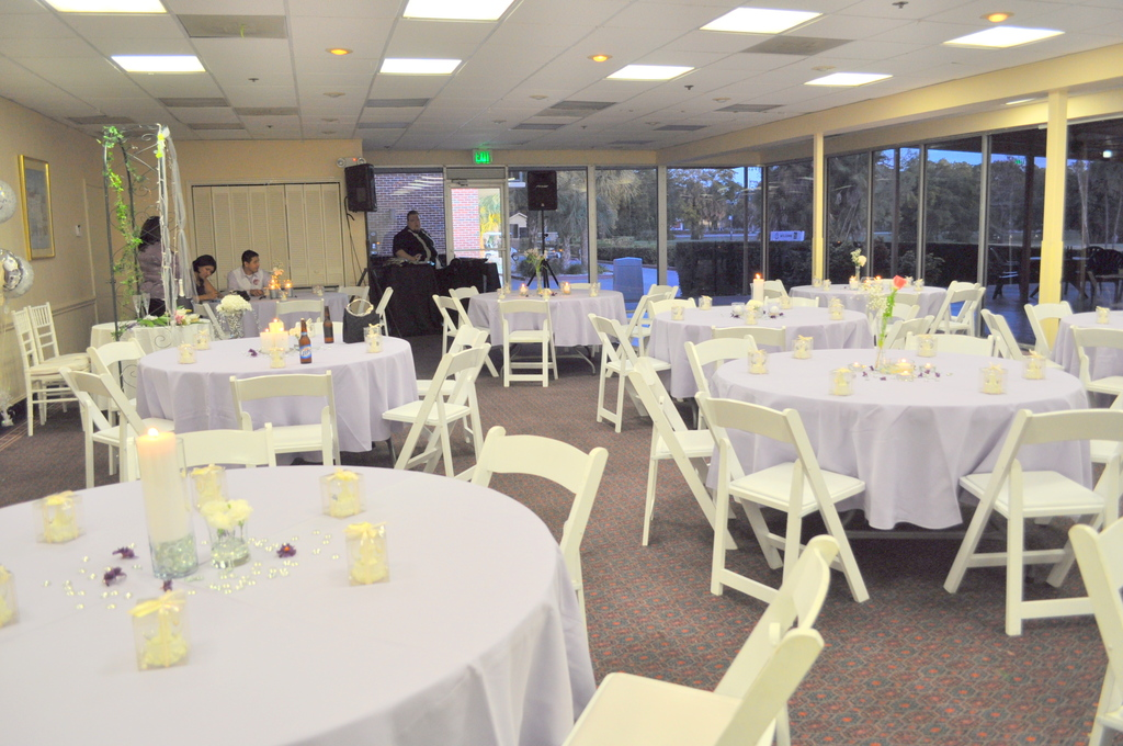 Temple Shalom - Reception Sites, Ceremony Sites - 4630 Pine Ridge Rd, Naples, FL, 34116