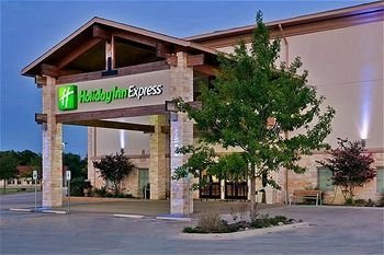 Holiday Inn Express - Hotels/Accommodations - 1991 N Stagecoach Rd, Salado, TX, 76571
