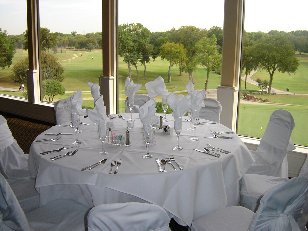 Diamond Oaks Country Club - Reception Sites, Ceremony Sites - 5821 Diamond Oaks Dr N., Haltom City, TX, 76117