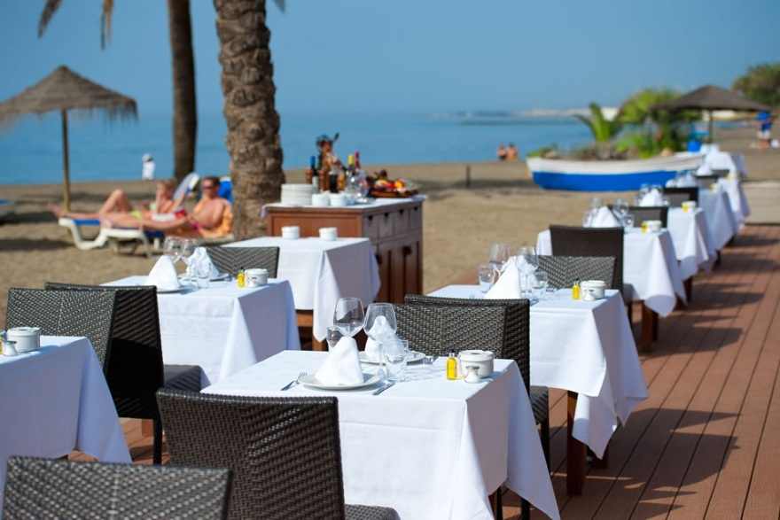 Hotel Fuerte Miramar - Hotels/Accommodations - Plaza Jose Luque Manzano, S/N, Marbella, Spain