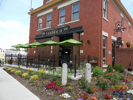Jimmie's Ladder 11 - Restaurants - 936 Brown St, Dayton, OH, 45410