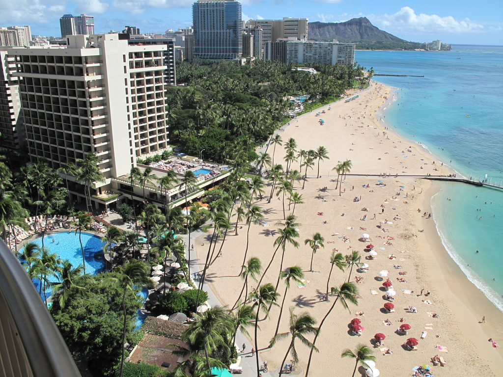 Waikiki Beach - Attractions/Entertainment, Shopping - 2250 Kalakaua Ave, Honolulu, Hawaii, United States