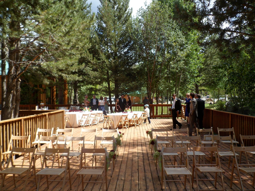 Double Eagle Resort & Spa - Ceremony Sites - 5587 Hwy 158, June Lake, CA, 93529