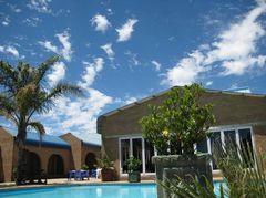 Die Herberg Hotel - Restaurant & Hotel - Market Street, cnr Strijdom Street, Oranjeville, Freestate, South africa