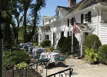 The Three Village Inn - Hotels/Accommodations, Reception Sites, Ceremony Sites, Restaurants - 150 Main St, Stony Brook, NY, 11790