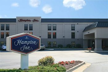 Hampton Inn - Hotels/Accommodations - 500 Center Drive, Grand Rapids, MI, United States