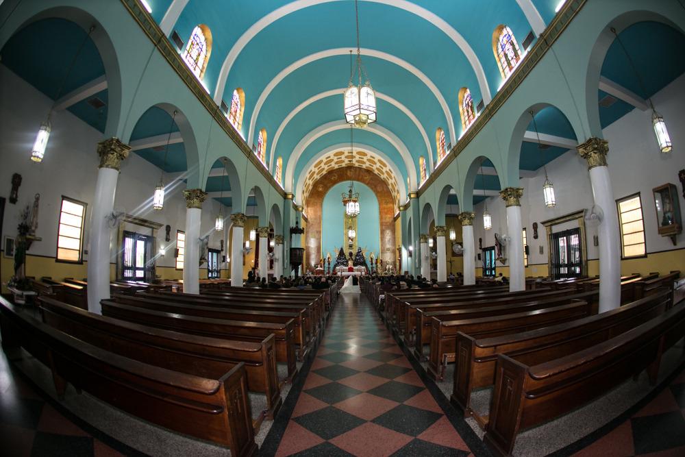 Iglesia Sagrado Corazón De Jesús - Ceremony Sites - 1308 Avenida Ponce de Leon, Santurce, PR, 00910