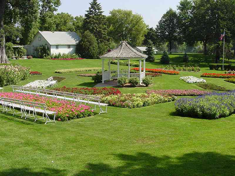 Tying The Knot - Ceremony Sites - 3516 South Cliff Avenue, Sioux Falls, SD, 57105