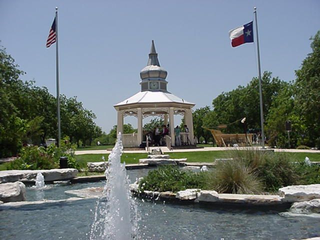 Main Plaza Park - Ceremony Sites, Attractions/Entertainment - 100 N Main St, Boerne, TX, 78006, US