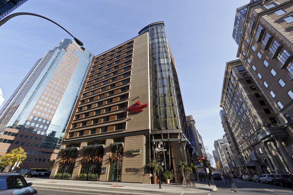 Le St Martin Hotel Montreal - Hotels/Accommodations - 980 Boulevard de Maisonneuve Ouest, Montreal, QC, Canada