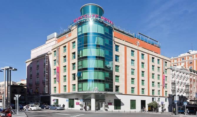 Hotel Mercure Santo Domingo - Restaurants - 1 Calle San Bernardo, M, Comunidad de Madrid, 28013, ES