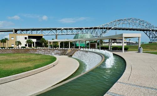 Water Gardens - Ceremony Sites - 1900 N Chaparral St, Corpus Christi, TX, 78401