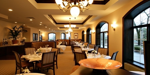 Lolas On The Lake - Restaurants - 101 Osthoff Avenue, Elkhart Lake, WI, 53020