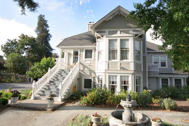 Wedding Hotels/Accommodations in Moss Landing, CA, USA ...