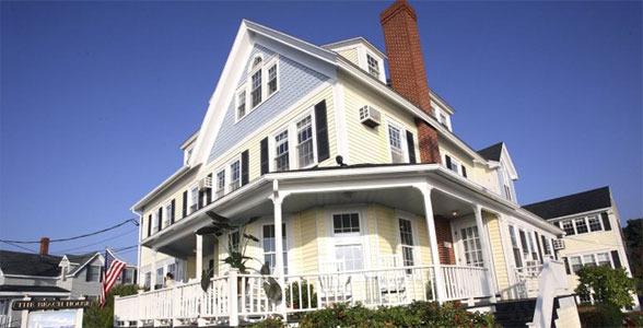 The Beach House Inn - Hotels/Accommodations - 211 Beach Ave, York, ME, 04046