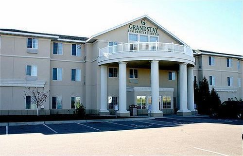 Grandstay Hotel - Hotels/Accommodations -