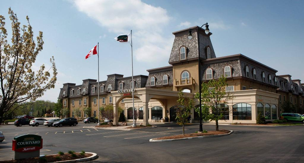 Courtyard Marriot - Hotels/Accommodations - 50 Benjamin Road East, Waterloo, Ontario, N2V 2J9