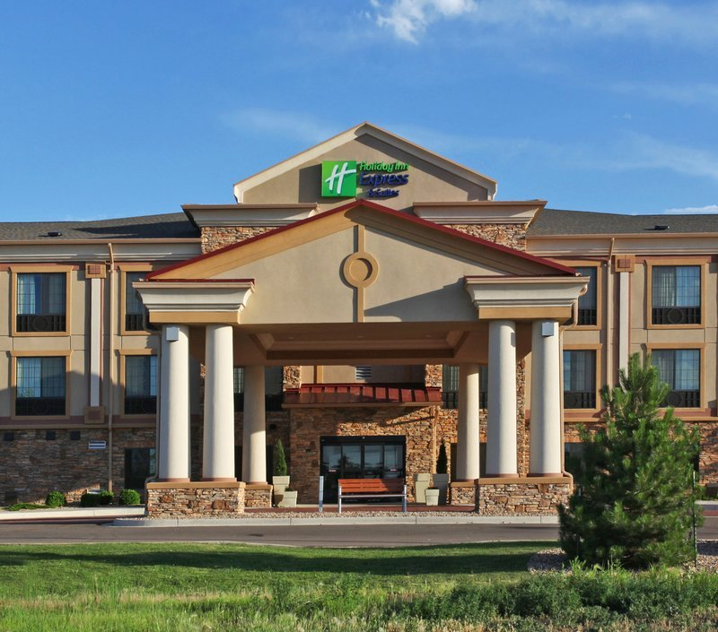 Holiday Inn Express - Hotels/Accommodations - 1355 Dry Creek Dr, Longmont, CO, 80503
