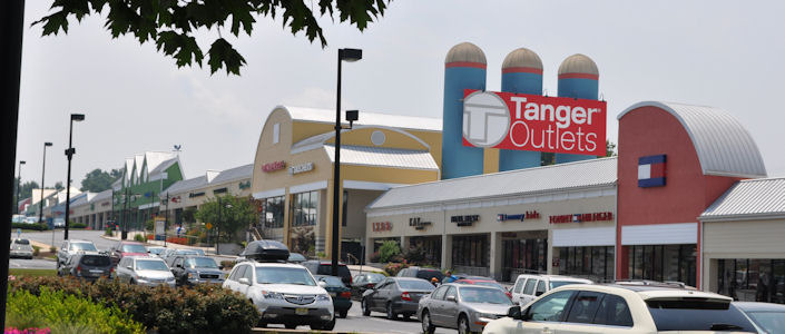 Tanger Outlet Center - Attractions/Entertainment, Shopping - 311 Stanley K Tanger Blvd, Lancaster, PA, United States