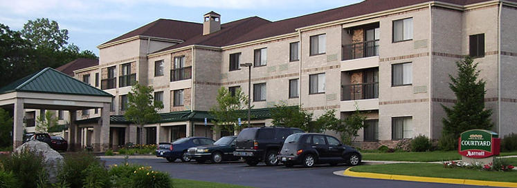 Courtyard By Marriott Brighton - Hotels/Accommodations - 7799 Conference Center Dr, Brighton, MI, 48114