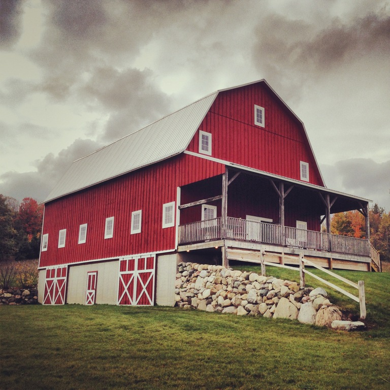 The Garvey Barn - Ceremony Sites - MI