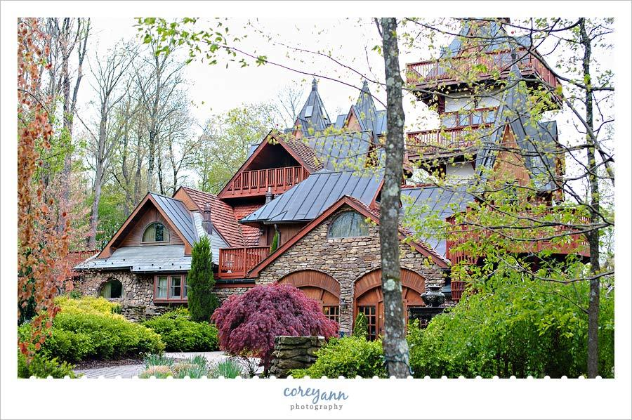 Landoll's Mohican Castle - Hotels/Accommodations, Ceremony Sites, Reception Sites - 561 Township Hwy 3352, Ashland County, OH, 44842, US