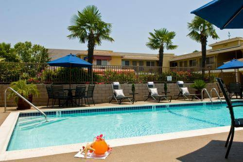 Best Western Poway/san Diego Hotel - Hotels/Accommodations - 13845 Poway Rd, San Diego County, CA, 92064, US