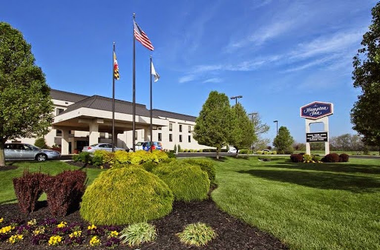 Hampton Inn Hagerstown-i-81 - Hotels/Accommodations - 18300 Peak Cir, Hagerstown, MD, United States