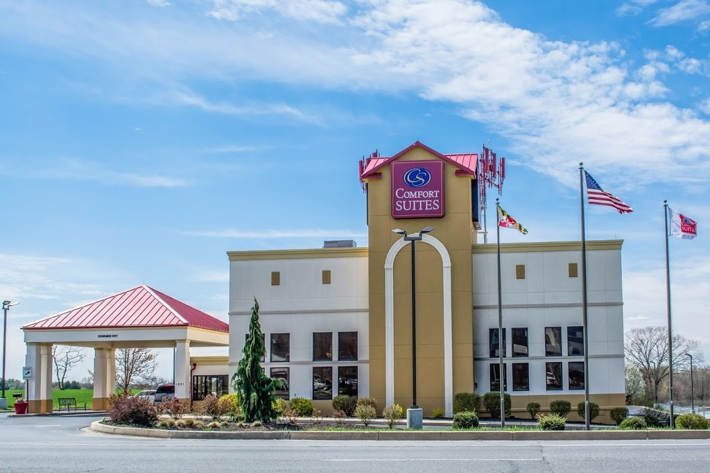 Comfort Suites - Hotels/Accommodations - 1801 Dual Hwy, Washington County, MD, 21740, US
