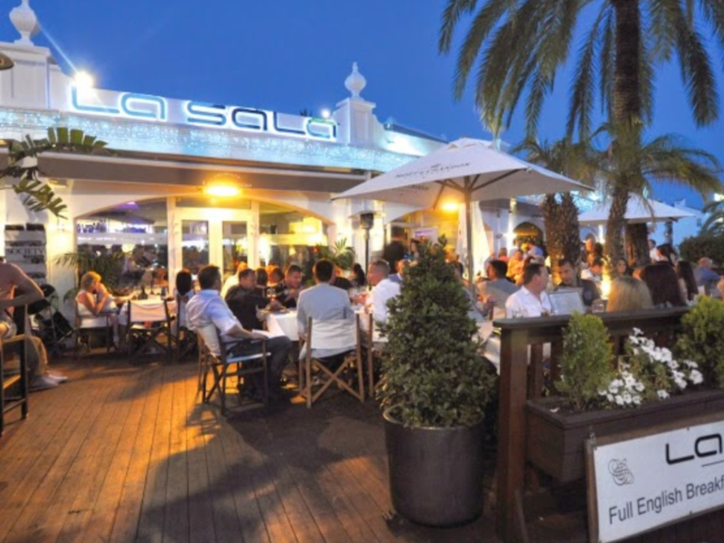 La Sala Banús - Restaurants - Calle Juan Belmonte, Marbella, AL, 29660, ES