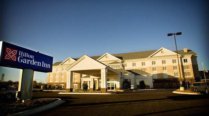 Hilton Garden Inn - Hotels/Accommodations - 363 E Main St, Tupelo, MS, 38804