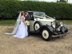 Elegance Wedding Cars - Limos/Shuttles - 109 Elmcroft Avenue , Wanstead, London, E11 2BS, United Kingdom