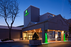 Holiday Inn Burlington Hotel & Conference Centre - Hotels/Accommodations, Ceremony & Reception, Coordinators/Planners - 3063 South Service Road, Burlington, Ontario, L7N 3E9, Canada