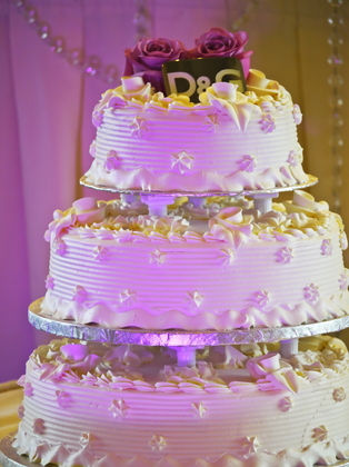 Cakes and Desserts - Gayle and Danny's Wedding in Pointeclaire, QC, Canada