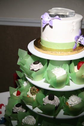 Cakes and Desserts - Daytona Beach Shores Wedding In March in Daytona Beach Shores, FL, USA