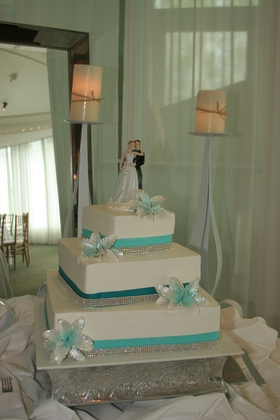 Cakes and Desserts - Cheryl and Michael's Wedding in Simi Valley, CA, USA