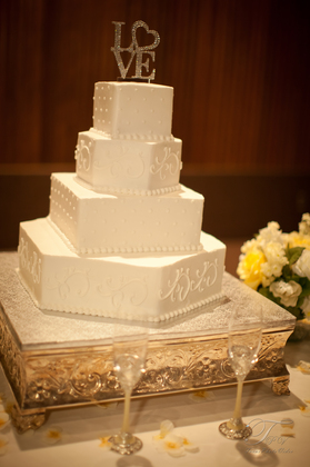 Cakes and Desserts - Marisa and Patrick's Wedding in Pearland, TX, USA