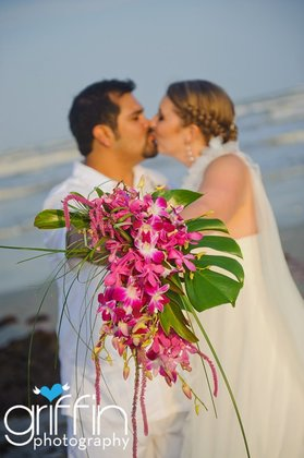 Flowers and Decor - Sarah and David's Beach Wedding in Port Aransas, TX, USA