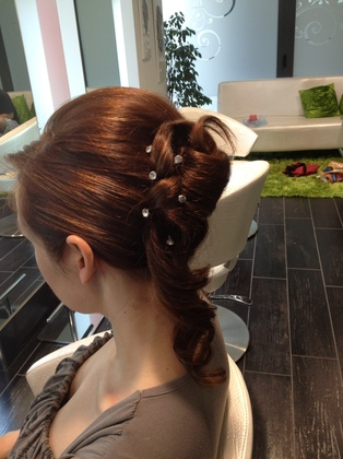 Hairstyles - Clarissa and Marco's Wedding in Mandello del Lario, Italy