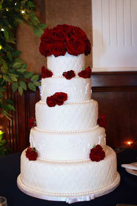 Cakes and Desserts - Rachel and Macario's Wedding in San Jose, CA, USA