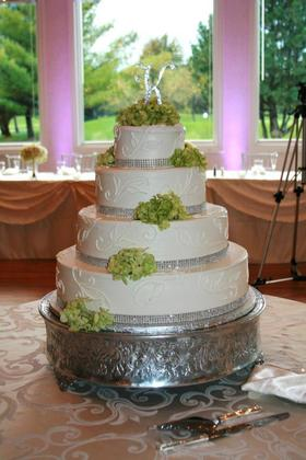 Cakes and Desserts - Hamtramck Wedding In October in Hamtramck, MI, USA