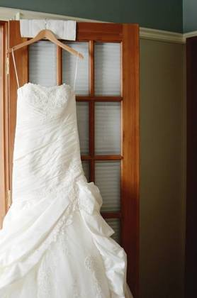 The Wedding Dress - Lindsay and Steven's Wedding in Edmonton, AB, Canada