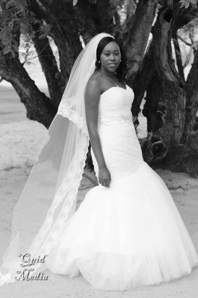 The Wedding Dress - Lawrence and Kabelo in Mmakaunyane, South Africa