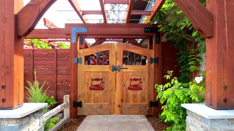 Dirty Laundry Vineyard - Attractions/Entertainment - 7311 Fiske St, BC, V0H 1Z2, CA